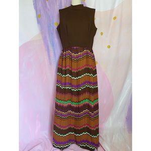 VINTAGE 1970s Brown Poly Stripe Mock-neck Dress